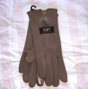 Tan ugg pom pom tech gloves